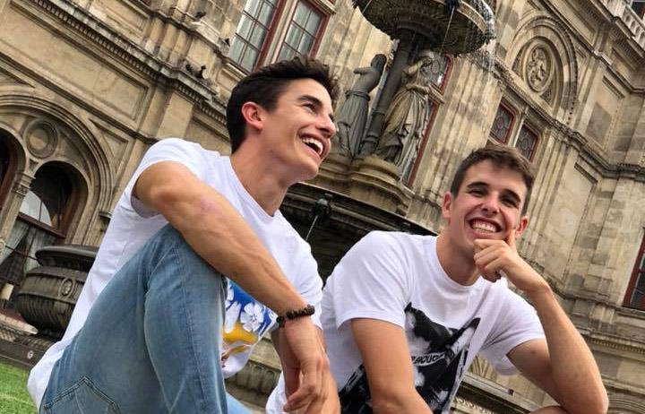 Marc Márquez con su hermano Álex