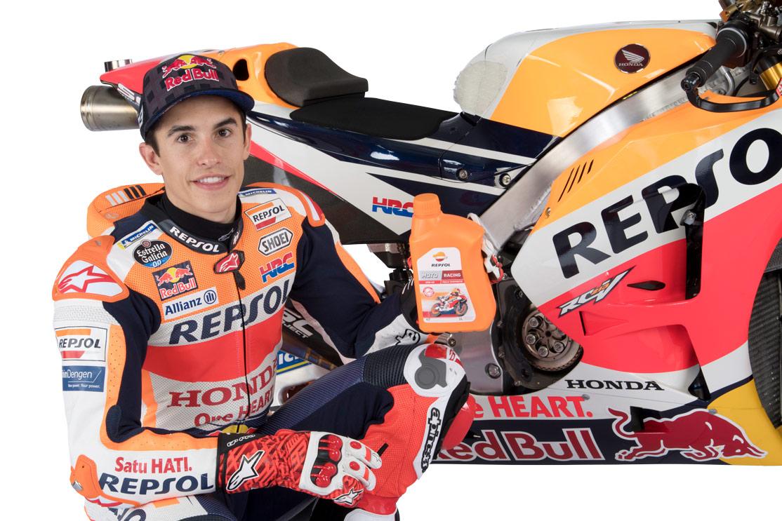 Marc Márquez con lubricante y MotoGP