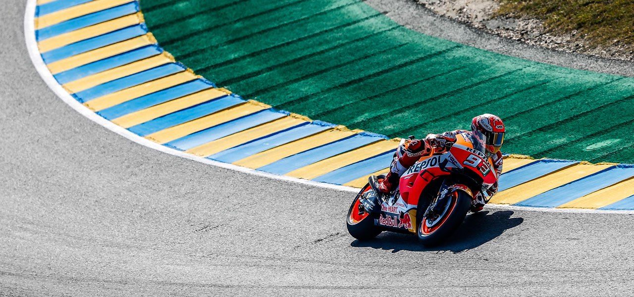 Márquez places second and Lorenzo fourth on first day in France