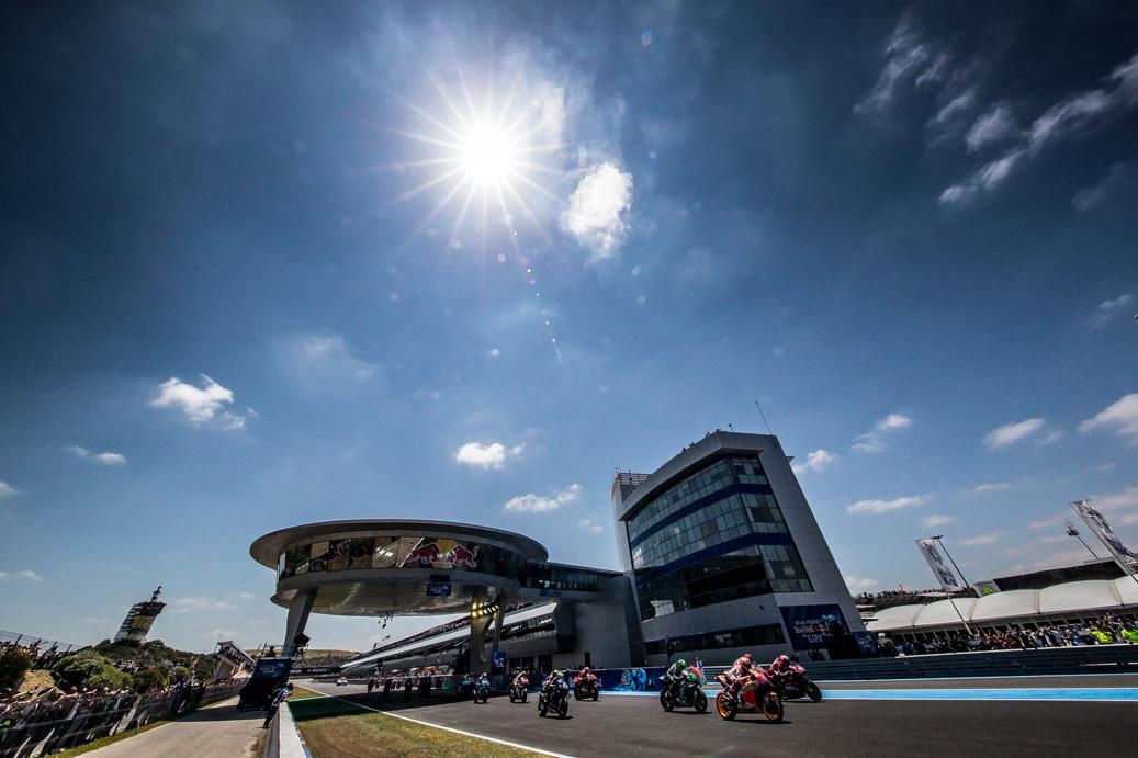 Pilotos a toda velocidad en el Gran Premio de España