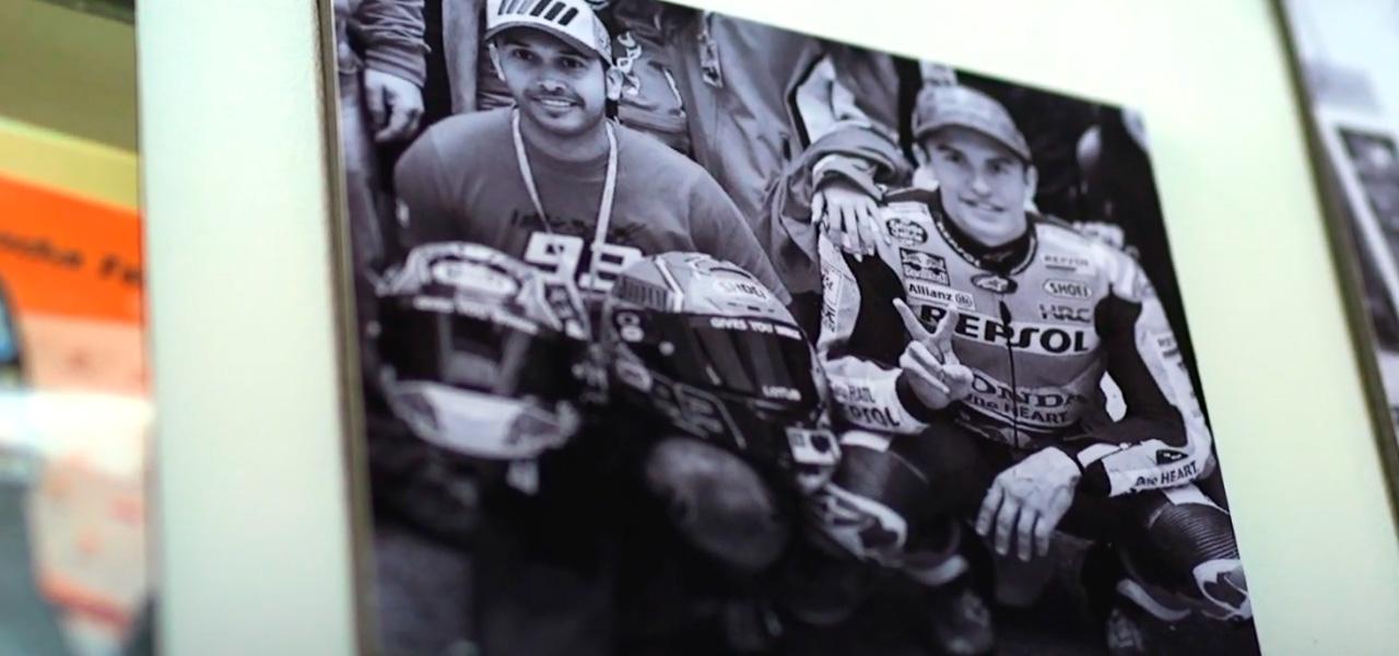 Box Repsol pays homage to the most unique fans