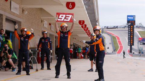 Mecánicos Marc Márquez pit lane en el circuito de las Américas