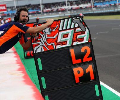 Pizarra de MotoGP en circuito