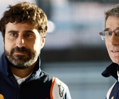 Jefes mecánicos de Marc y álex Márquez, Ramón Aurín y Santo Hernández