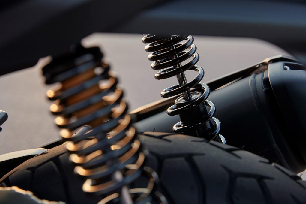 Suspensión trasera de moto