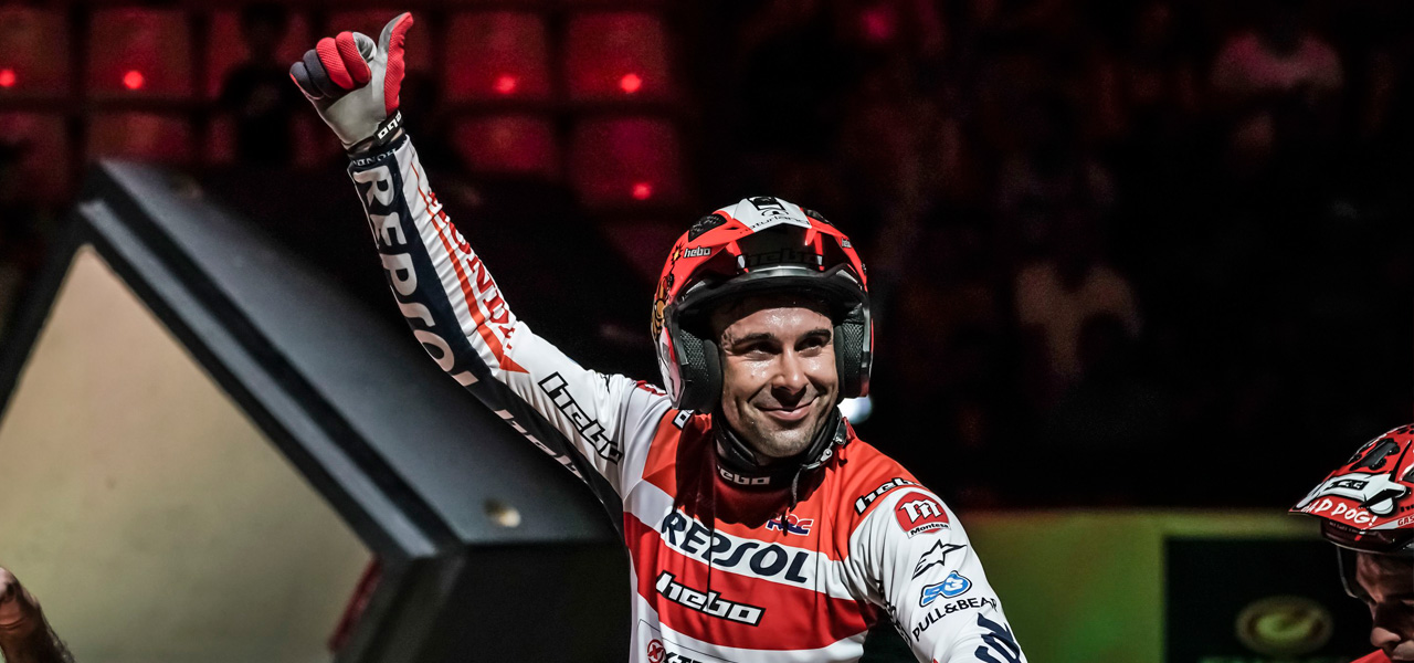 Video: Toni Bou stays at home