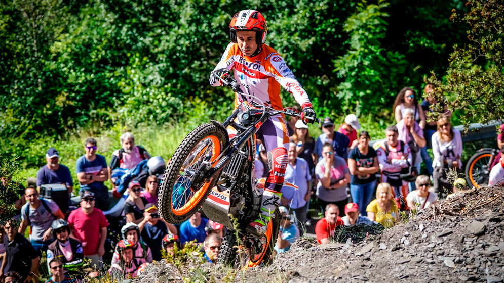Toni Bou takes 99th career win in Andorra