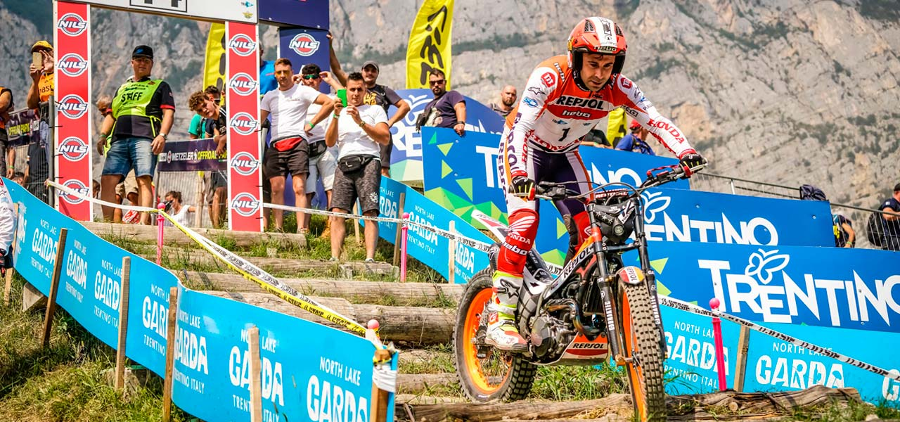 Toni Bou celebrates his 24th title with another victory