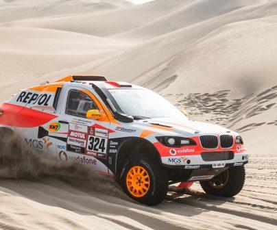 Isidre Esteve en el Sodicars BV6 del Repsol Rally team