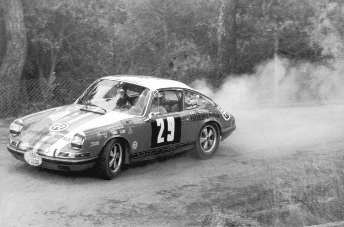 Porsche 911 Repsol
