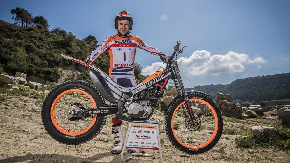 Toni Bou renueva su contrato con el Repsol Honda Team hasta 2021