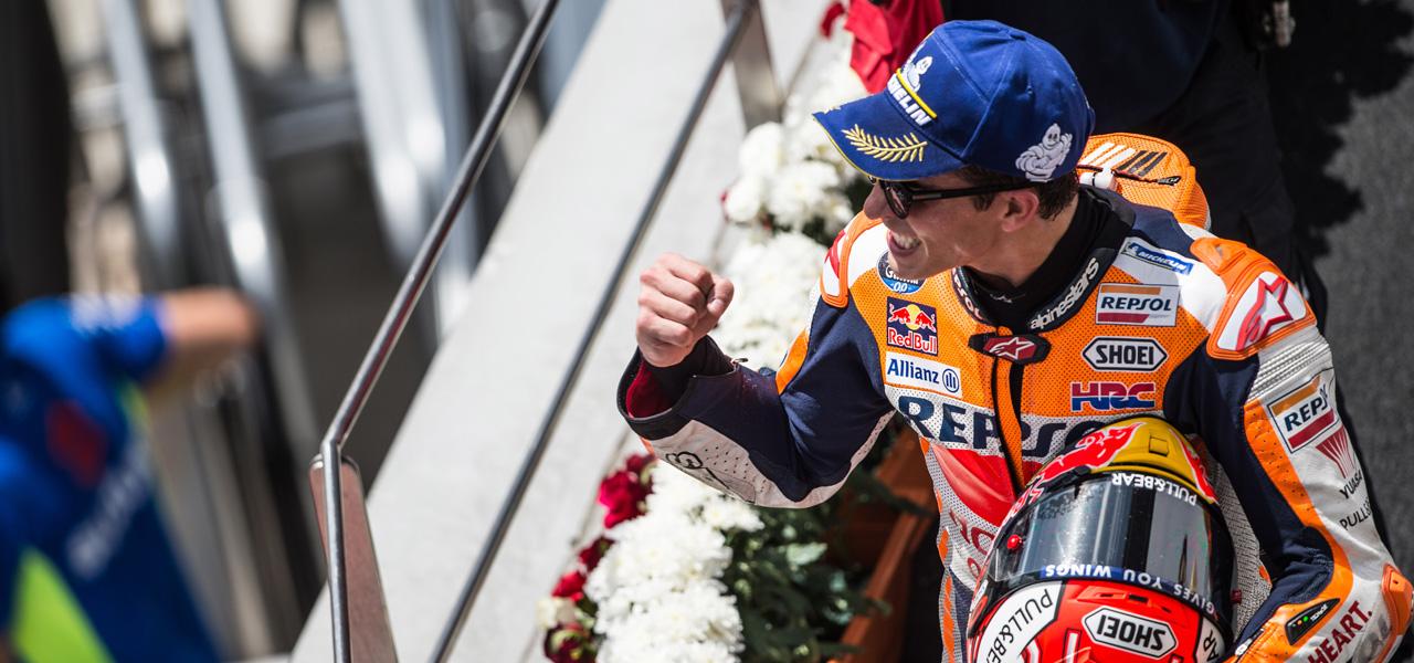 Novena victoria de Márquez y quinta posición para Pedrosa