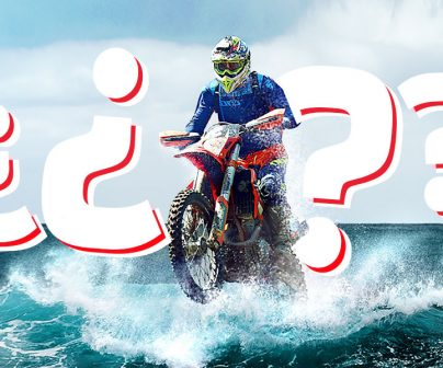 Un motorista de motocross surca el mar encima de su moto rodeado de signos de interrogación