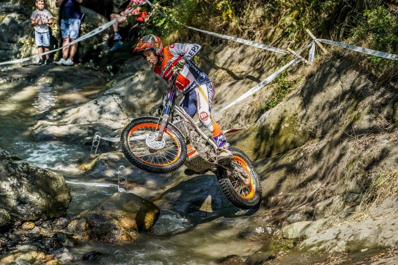 Toni Bou consigue una nueva victoria en Andorra y sigue líder del campeonato