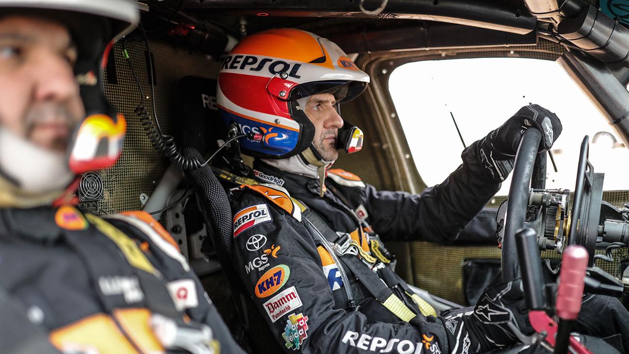 Dakar 2021 día 11: Isidre Esteve salva su momento más delicado en la penúltima etapa