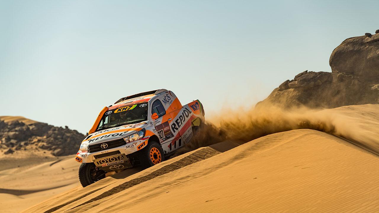 Isidre Esteve sorteando una duna en el Dakar 2021 día 3