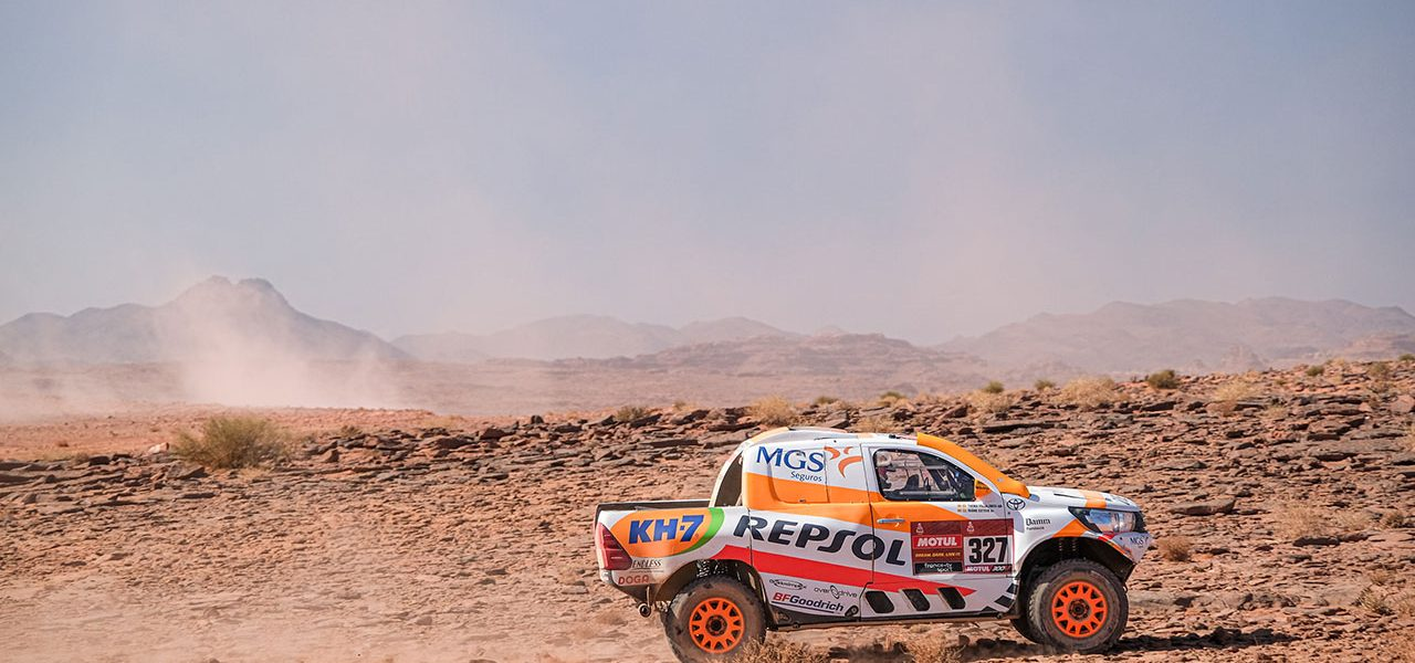 Dakar 2021 día 9: Un pinchazo rompe el buen ritmo de Isidre Esteve