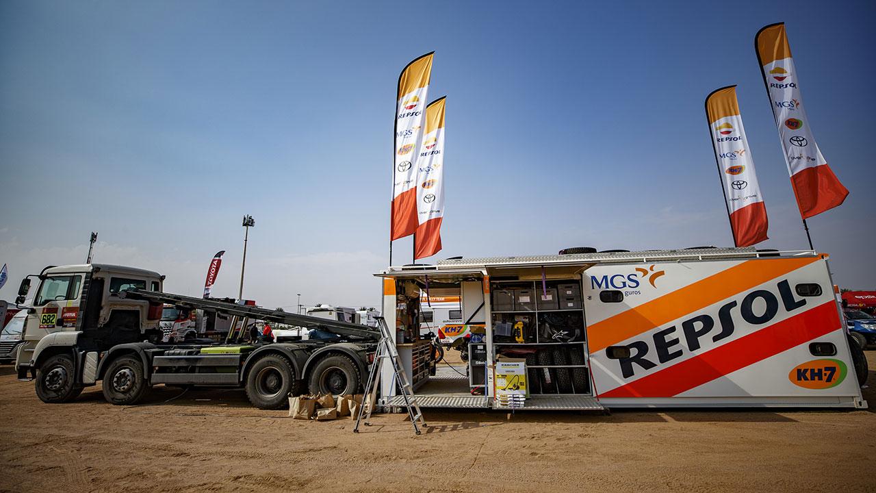 Parte del motorhome de Isidre Esteve en el Dakar 2021 día de descanso