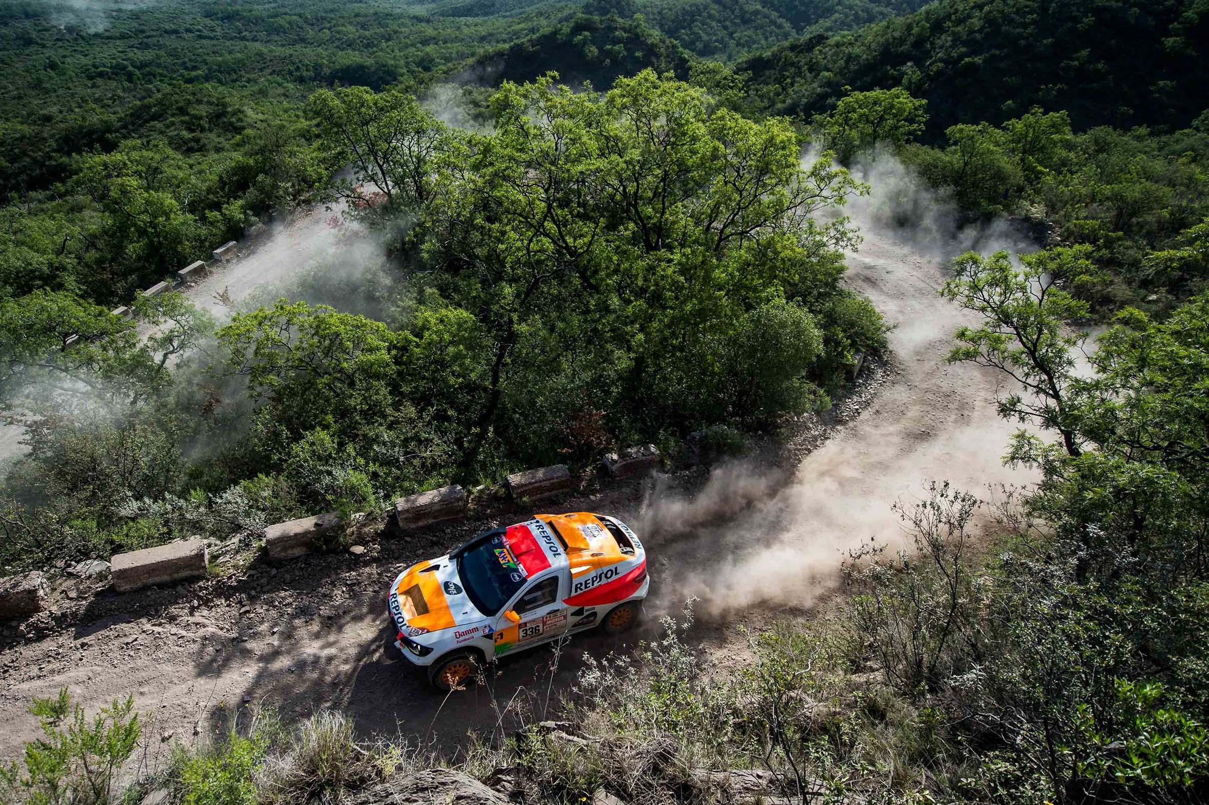 Isidre Esteve en pista de tierra Dakar 2018
