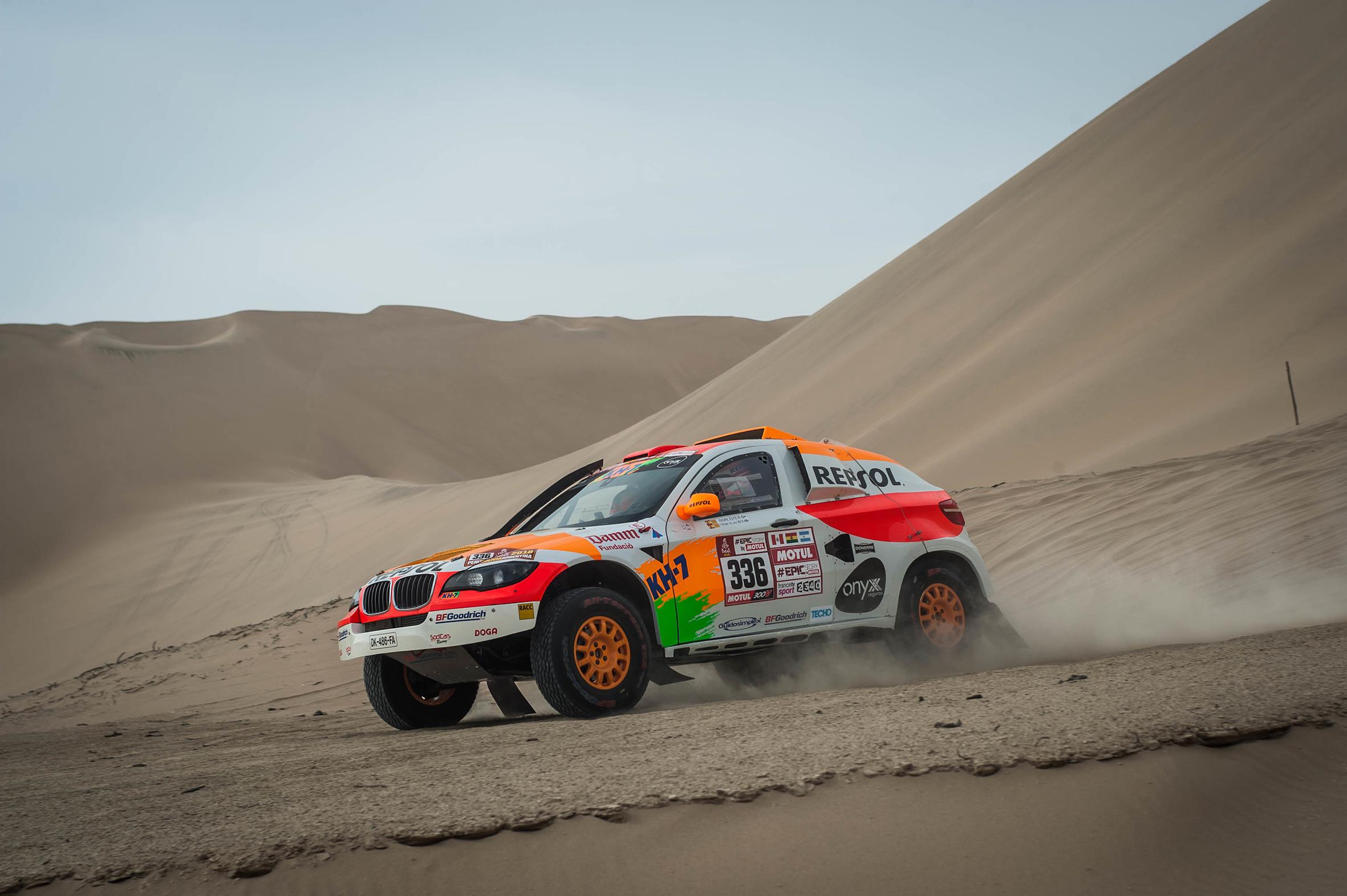 repsol rally team en las dunas