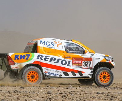 Isidre Esteve pilotando en el Dakar 2021 día 1