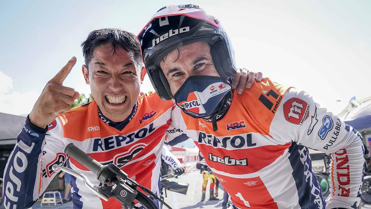 Toni Bou y Takahisa fujinamni en un selfie
