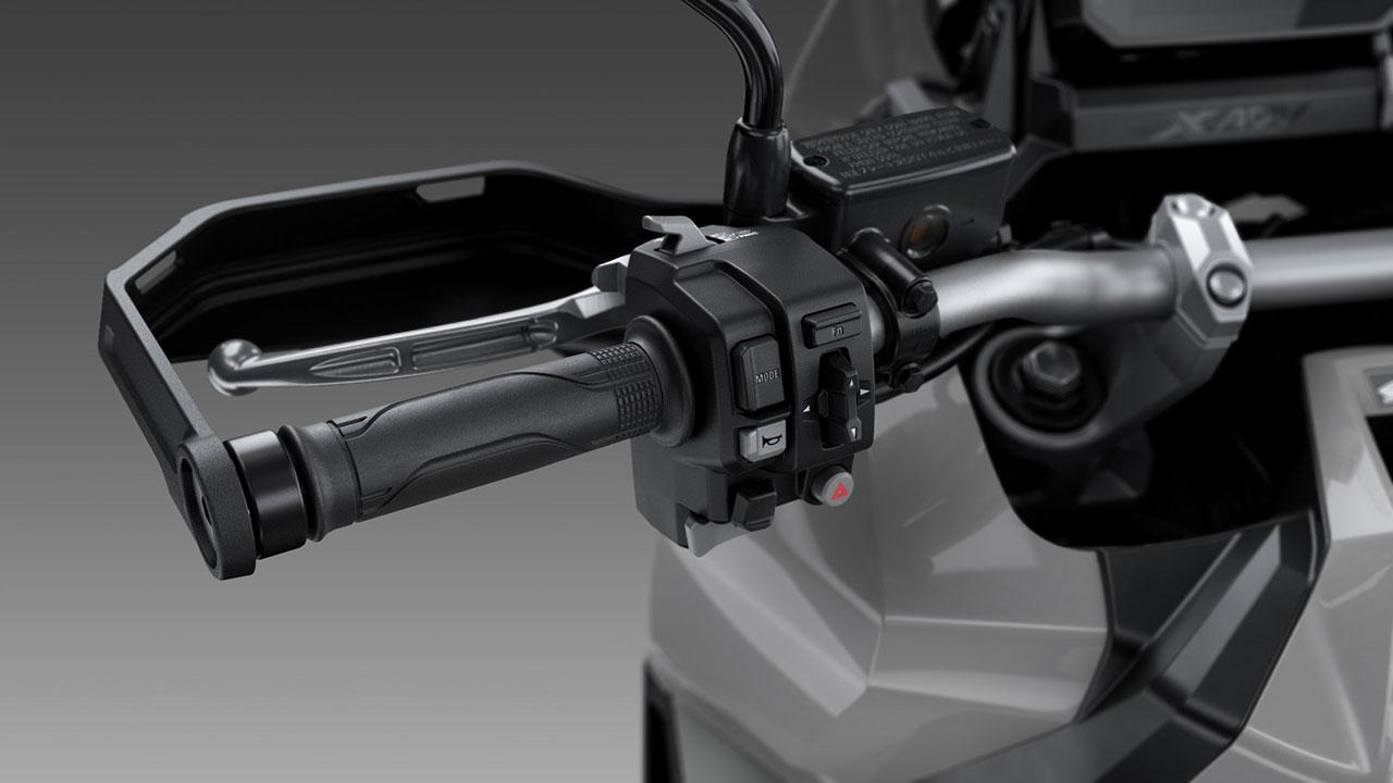 Manillay y mandos del Honda X-ADV 2021
