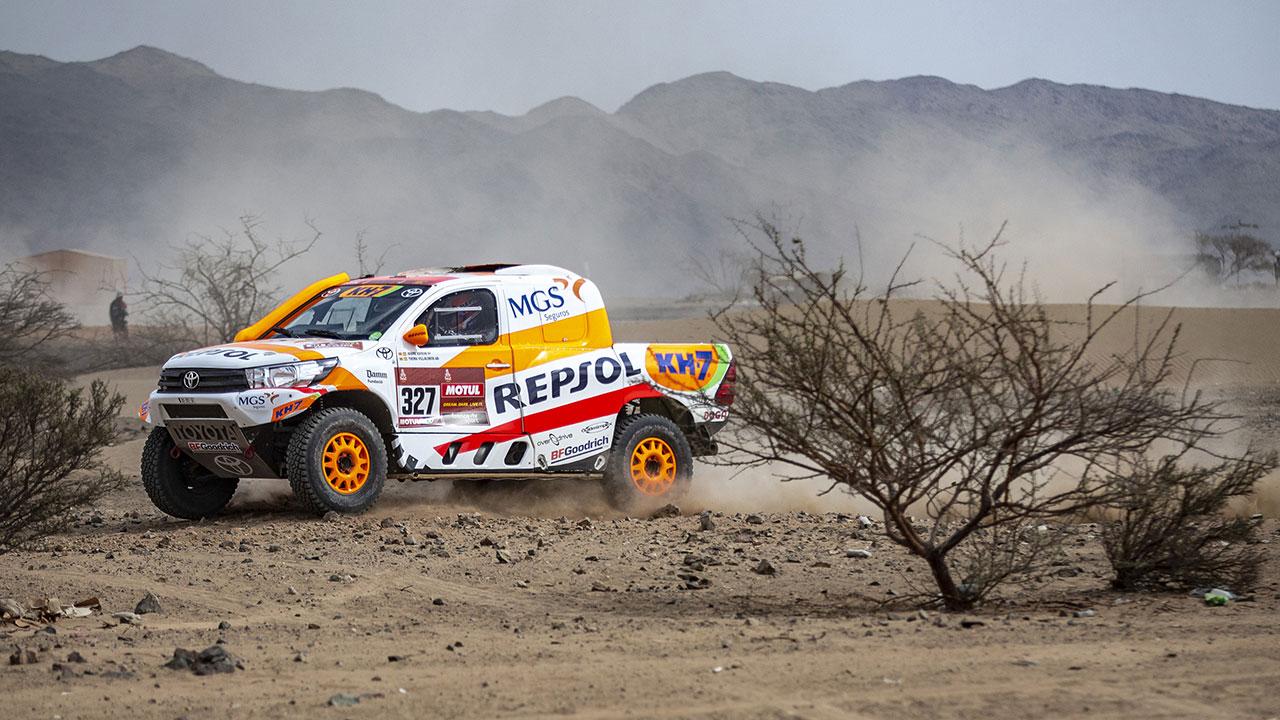 Isidre Esteve pilotando en la etapa prólogo del Dakar 2021