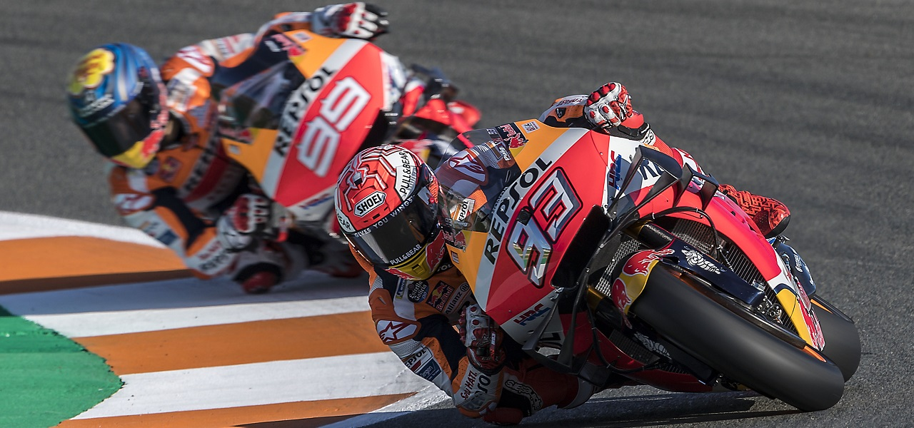 First Free Practice sessions for Márquez and Lorenzo at final round of the year