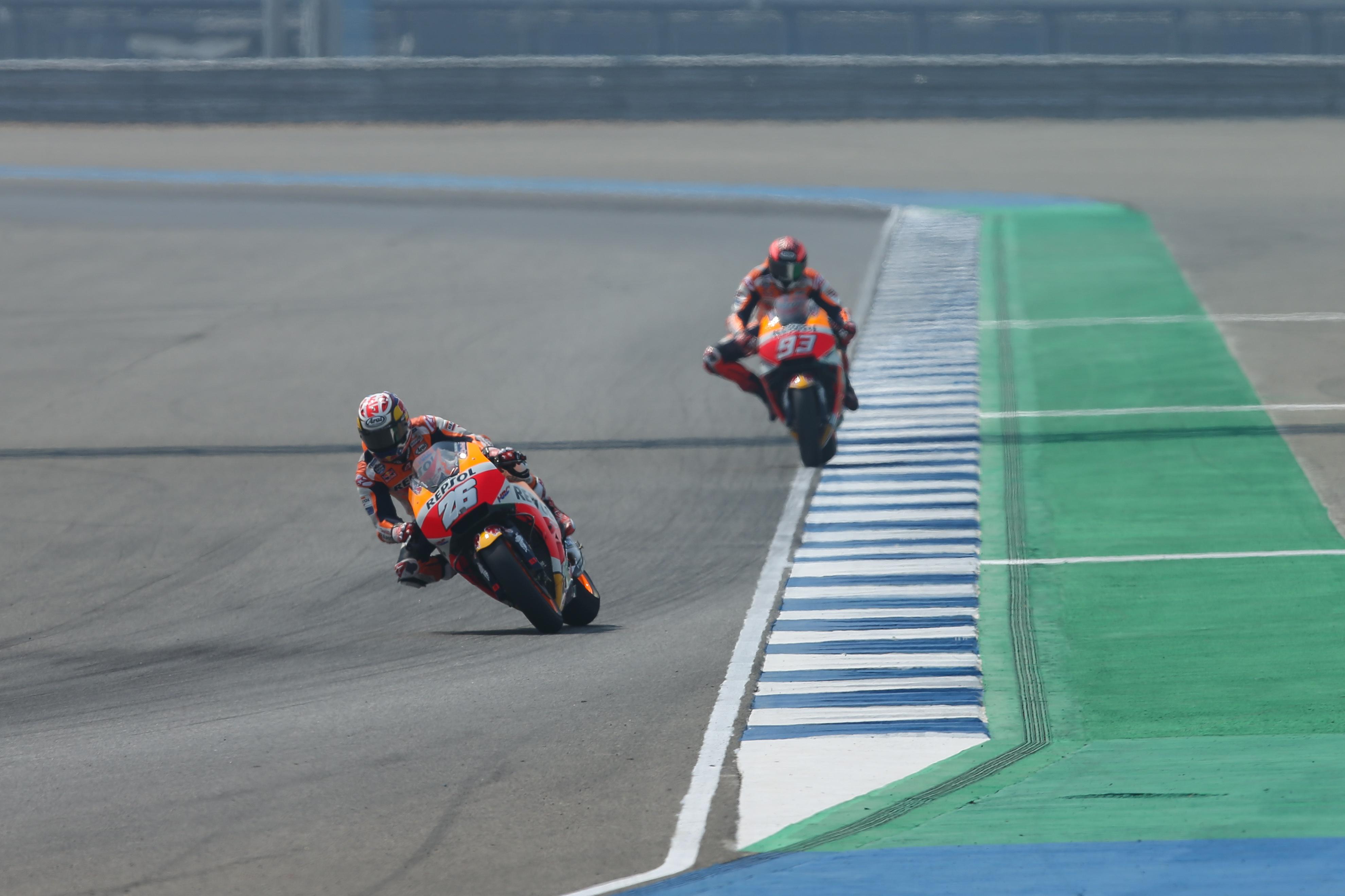 Marc Márquez y Dani Pedrosa en test Chang International Circuit en Tailandia
