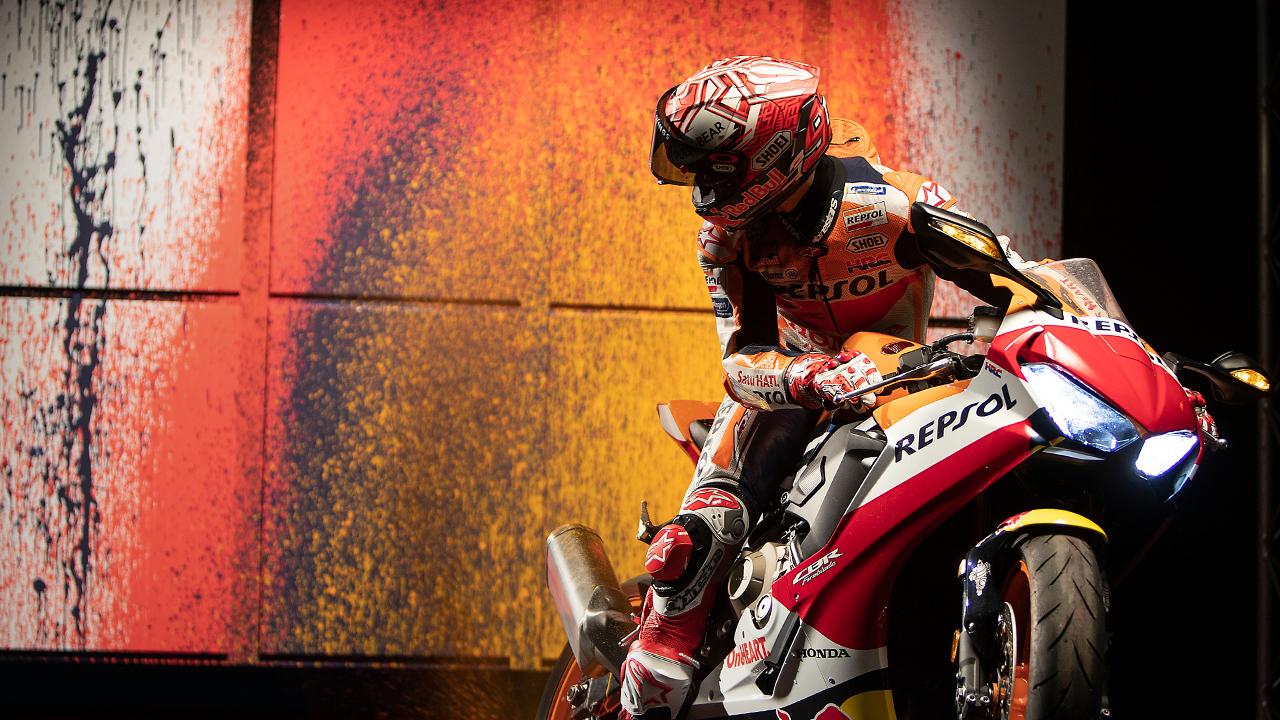 Marc Márquez pinta cuadros con una moto