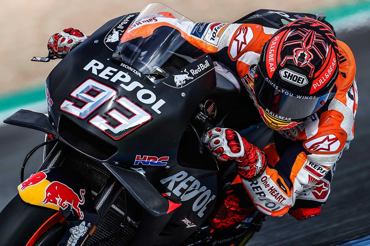 Marc Márquez en acción durante los entrenamientos en Jerez para la pretemporada 2019