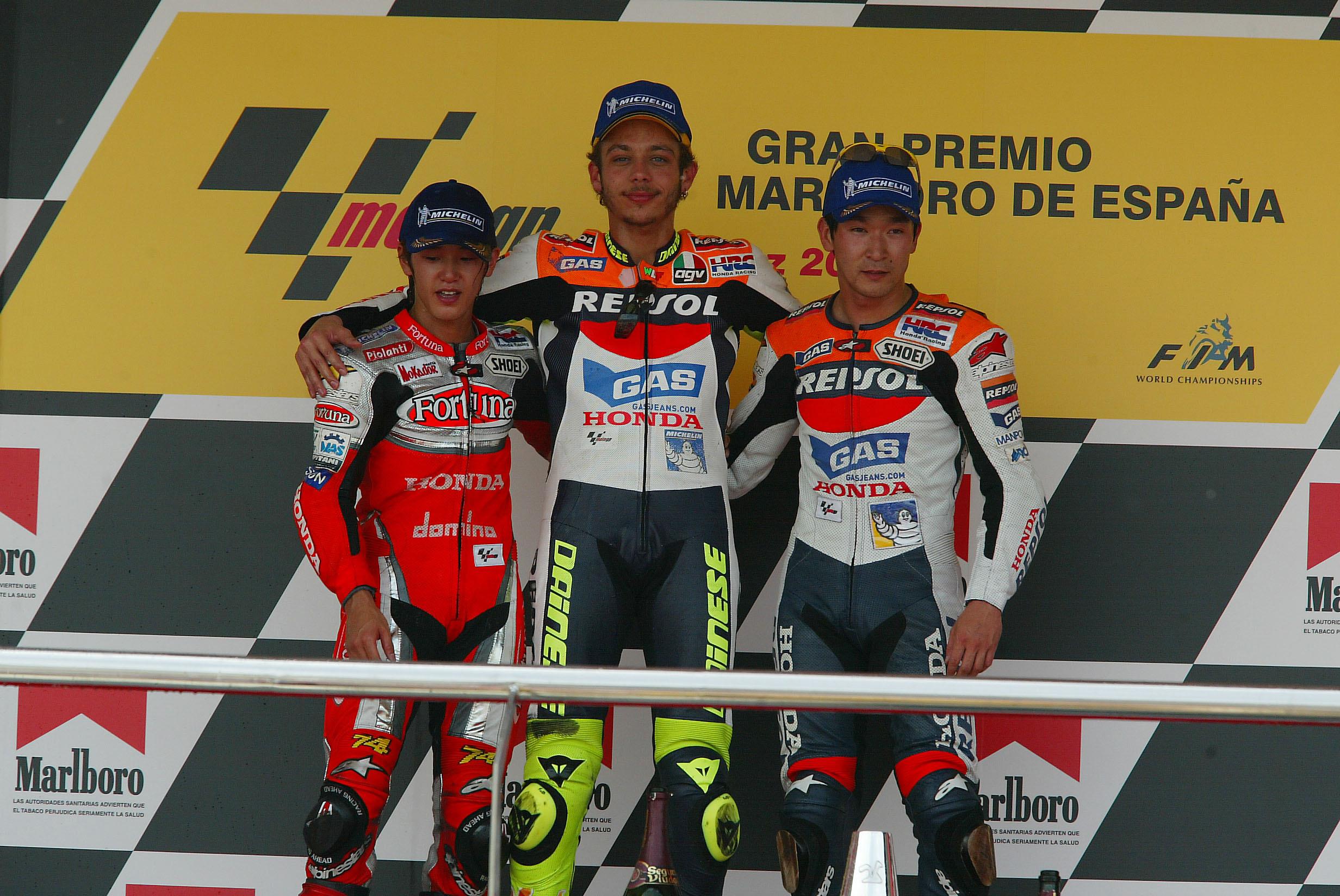 Ukawa y Rossi en el podio con el Equipo Repsol Honda