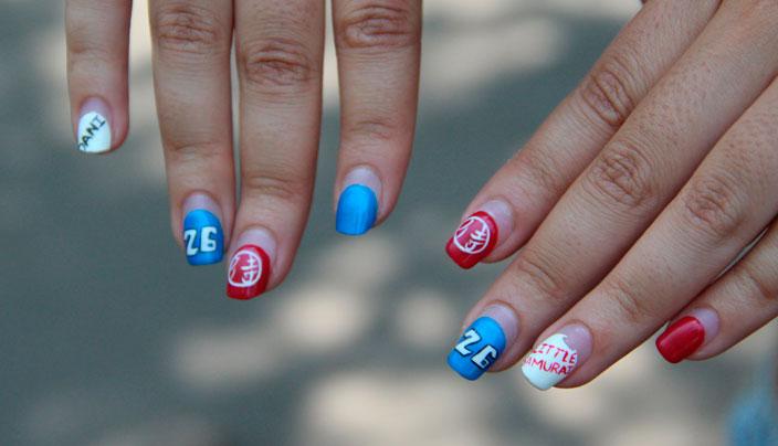 Uñas de los dedos decoradas con varios motivos de Dani Pedrosa