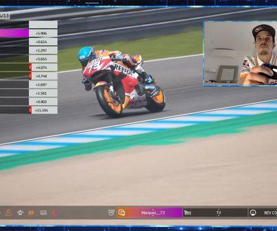Álex Márquez pilotando en el GP virtual de España en la PS4