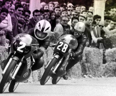 asi-veiamos-las-carreras-de-motos-al-principio-de-las-pruebas-de-motociclismos