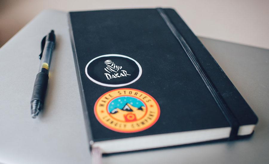 boli y libreta personalizados del Dakar