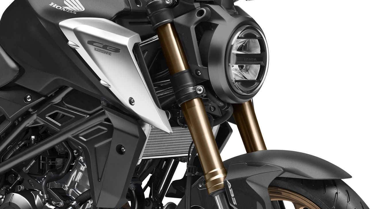 Faro y horquilla de la Honda CB125R 2021