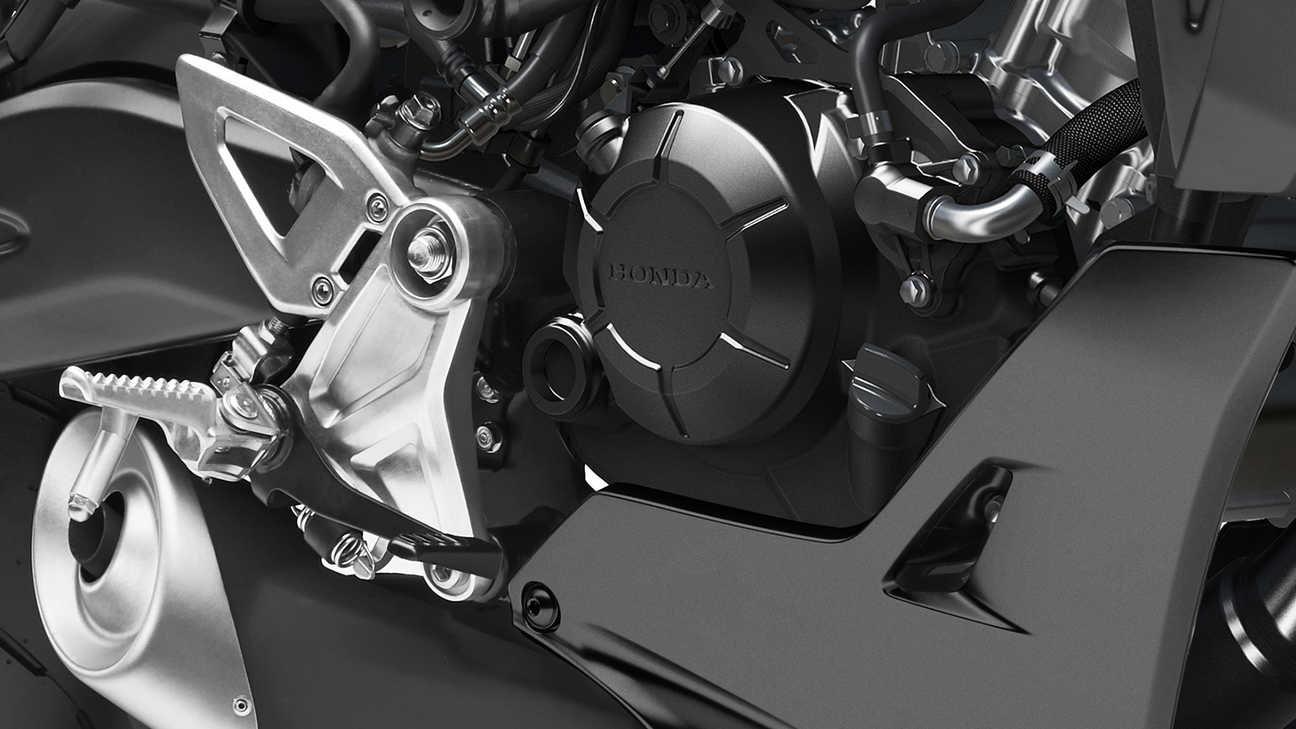 Tapa del embrague de la Honda CB125R 2021