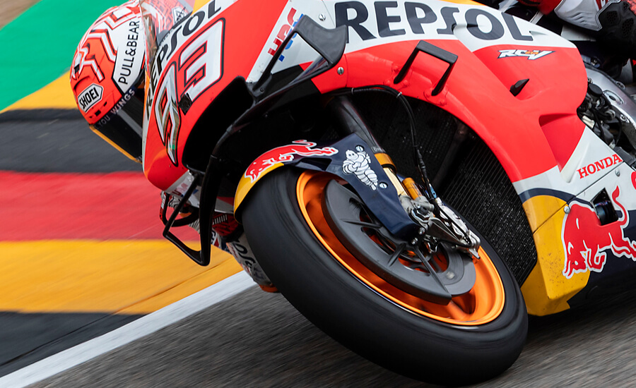 chattering-marc-marquez-rc213v