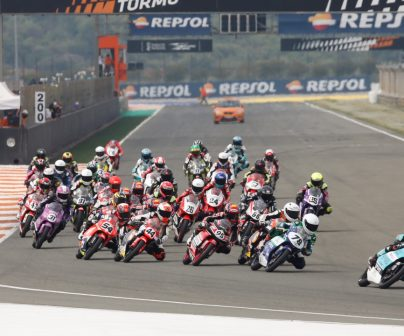 Holgado and Aldeguer repeat success in Moto3 and Moto2, Uriarte and Carpe prevail in the ETC>
