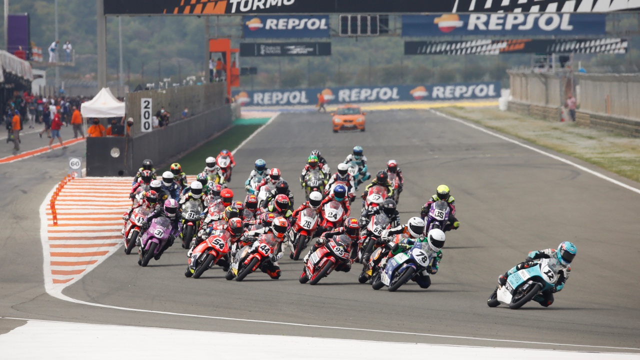Holgado and Aldeguer repeat success in Moto3 and Moto2, Uriarte and Carpe prevail in the ETC