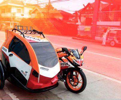 Honda CB150R / Abella Cuatro en moto, ¿cómo te quedas?