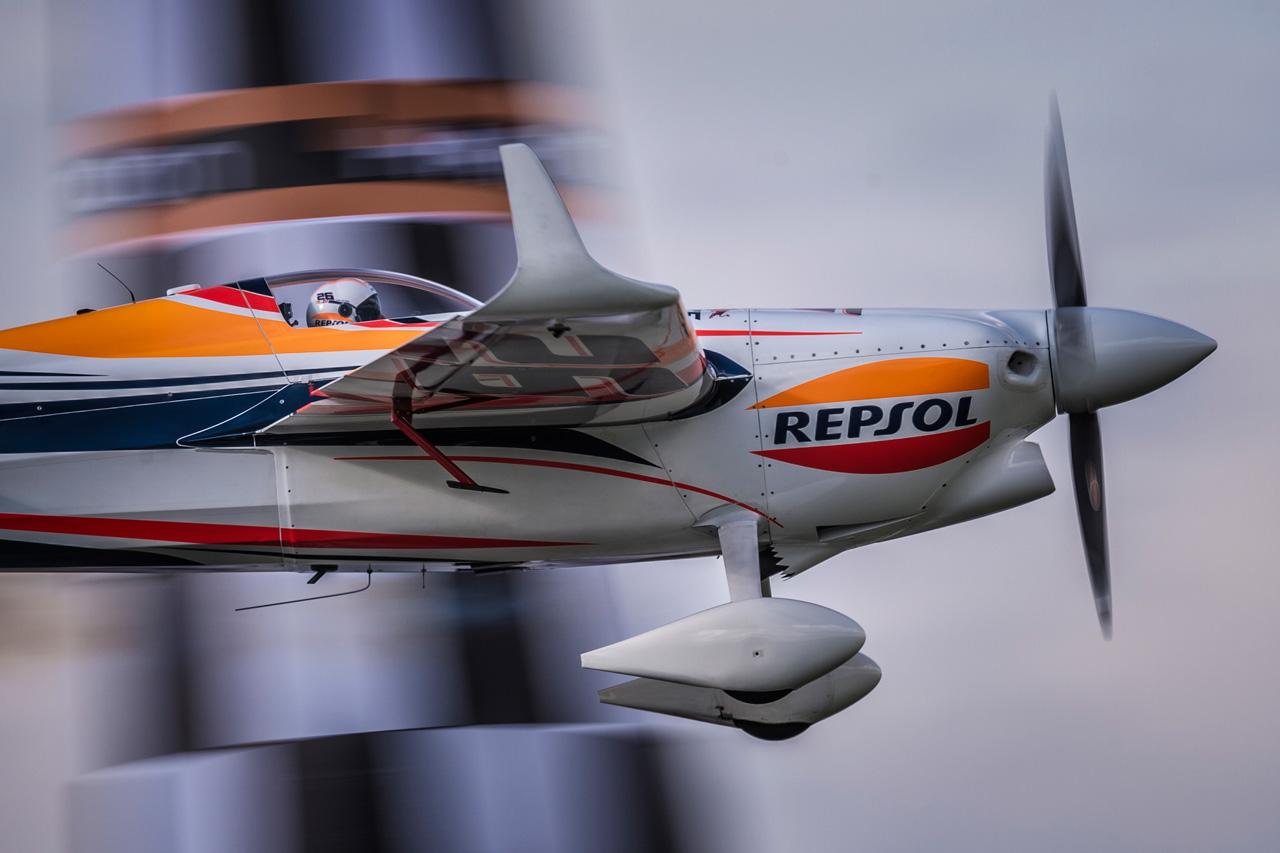 Aérea lateral del avión de Juan Velarde