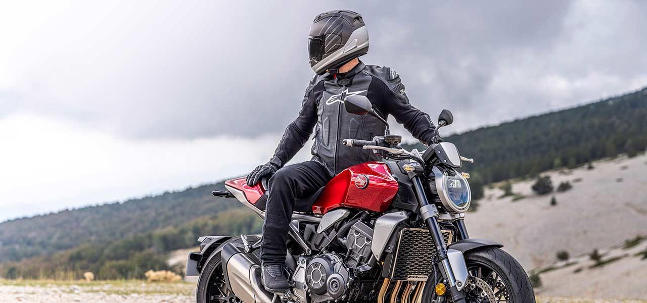 Equipamiento para montar en moto