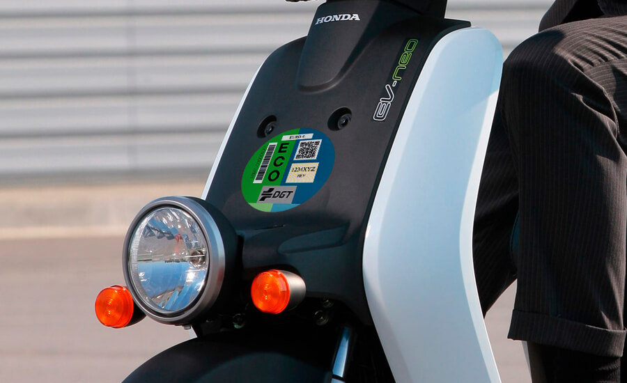 etiqueta-ambiental-moto-honda-electric