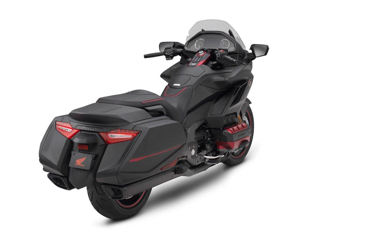 Moto Honda Gold Wing 2020 en color negro