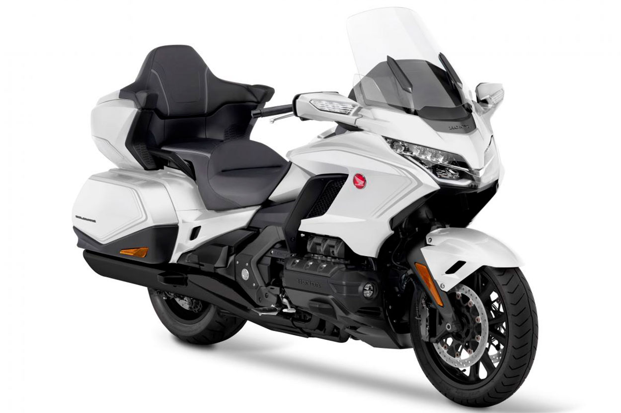 Moto Honda Gold Wing 2020 versión touren color blanco