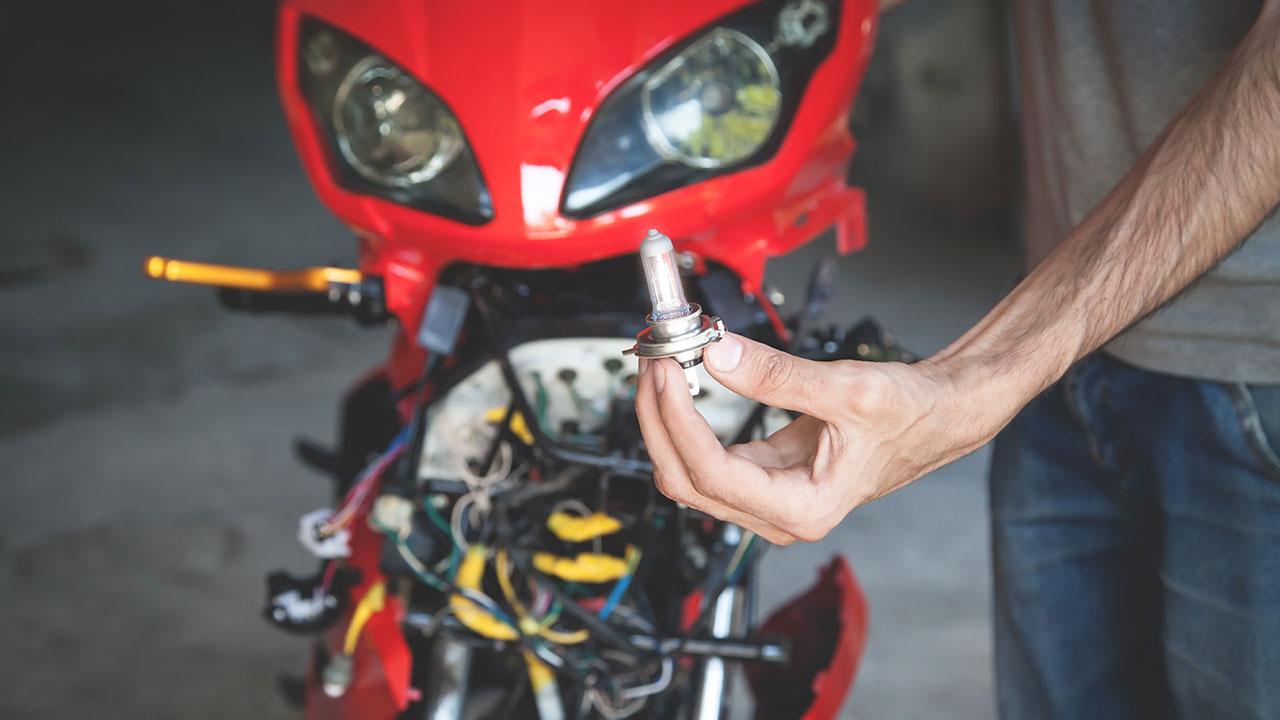 Comprobación de una lámpara de moto