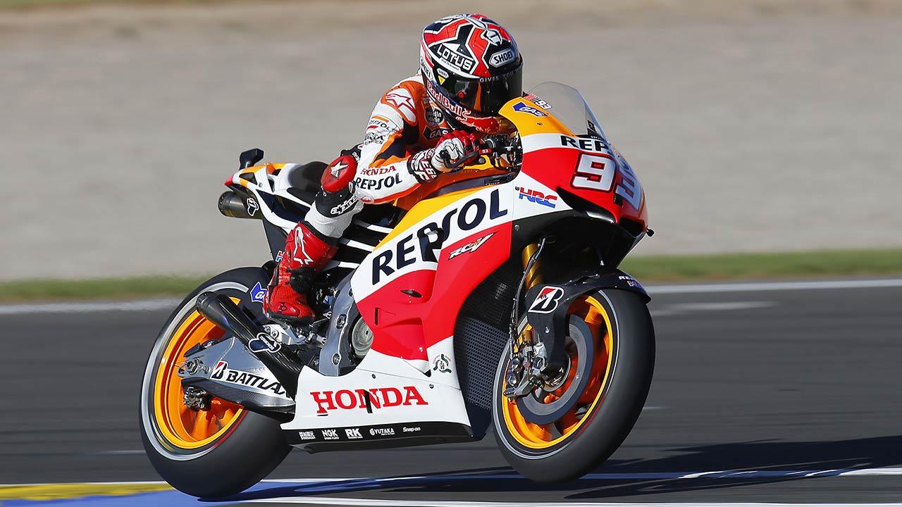 Marc Márquez piloto repsol honda en acción sobre la Honda RC213V